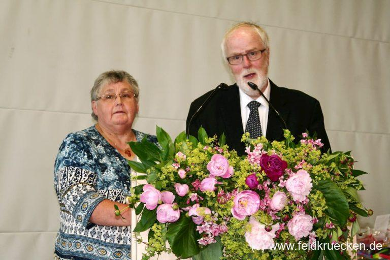 Bewegender Abschiedsgottesdienst von Pfarrer Manfred Hofmann