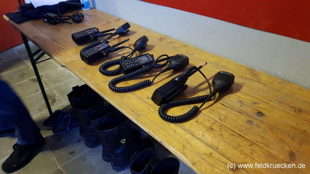 Funkgeräte FFW Feldkrücken