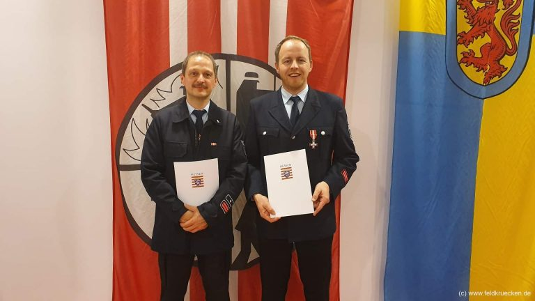 Heiko Müller erhält Brandschutzehrenzeichen in Silber