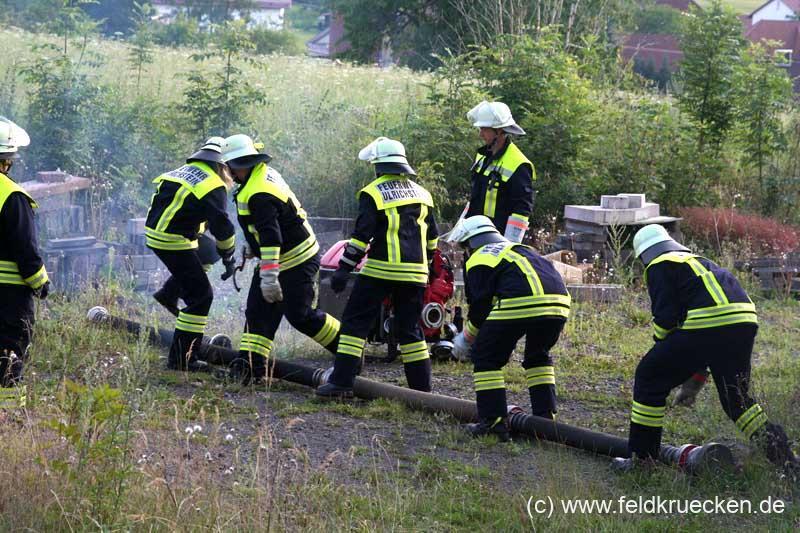 Feuerwehr-Übung in Feldkrücken